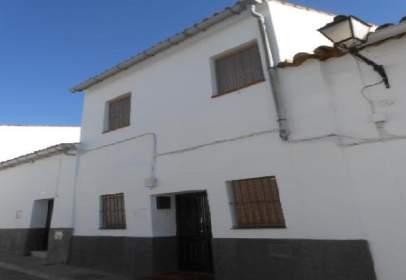 Chalet pareado en calle de Cervantes